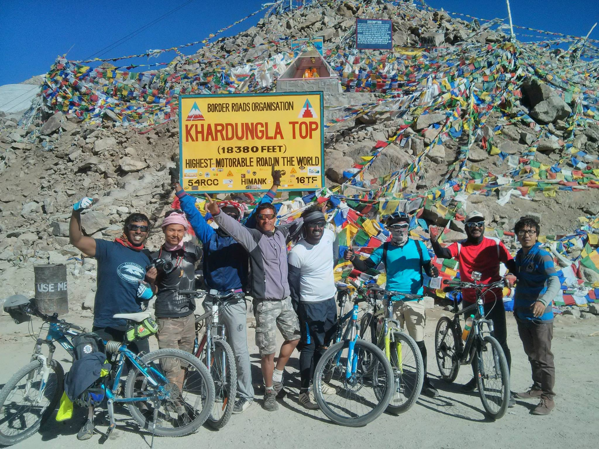 Cyclists from Bangalore at Khardungla Top