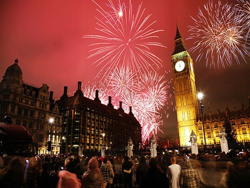 "Londons NYE is famous for fireworks show at the London Eye, a midnight countdown by chiming of Big Ben, and a massive group sing-along to ""Auld Lang Syne"